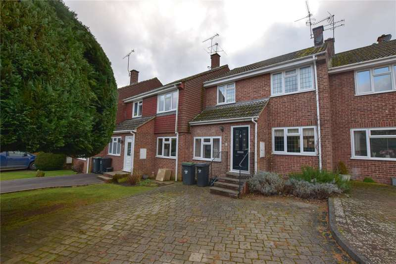 3 Bedrooms Terraced House for rent in Stansted