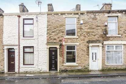 2 Bedrooms Terraced House for sale in Clarence Street, Darwen, Blackburn, Lancashire