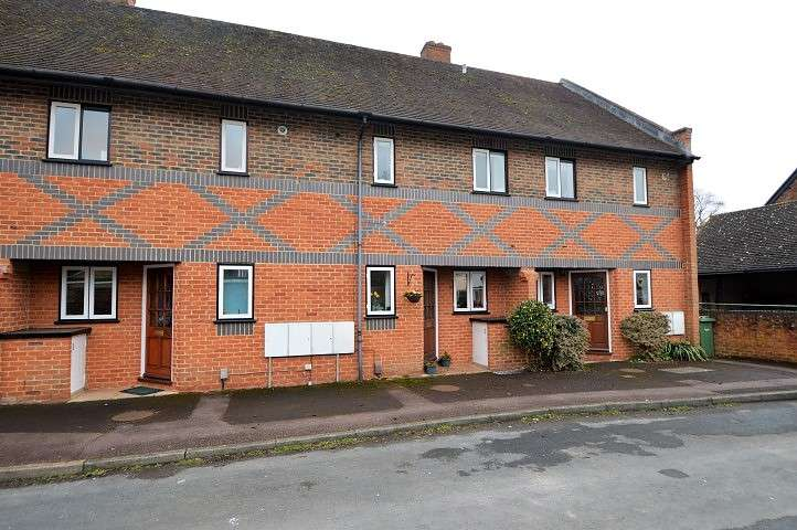 2 Bedrooms Terraced House for sale in The Murren, Winterbrook, OX10