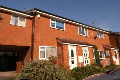 2 Bedrooms Terraced House for sale in Madeley Drive, West Kirby, Wirral, CH48