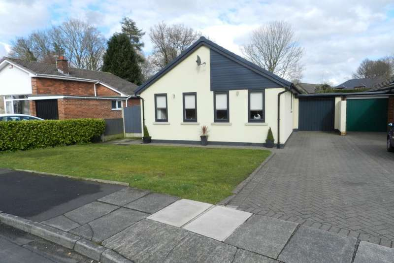 3 Bedrooms Link Detached House for sale in Sutton Ave, Culcheth, Warrington, WA3 4LN