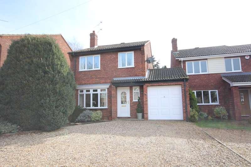 4 Bedrooms Link Detached House for sale in Flitwick Road, Ampthill, Bedford, MK45