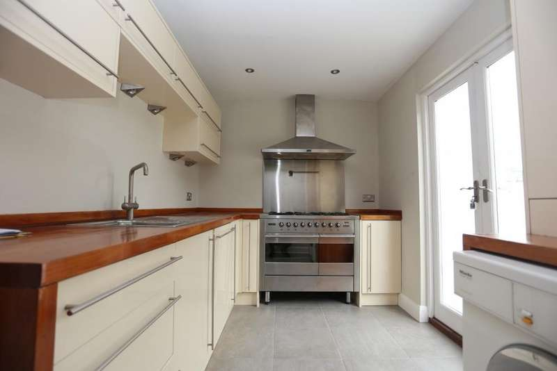 4 Bedrooms Terraced House for rent in Clifton Street, Brighton