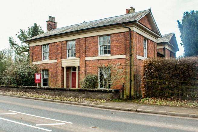 4 Bedrooms Detached House for sale in Number One, Station Road, Newport, Shropshire, TF10 7EW
