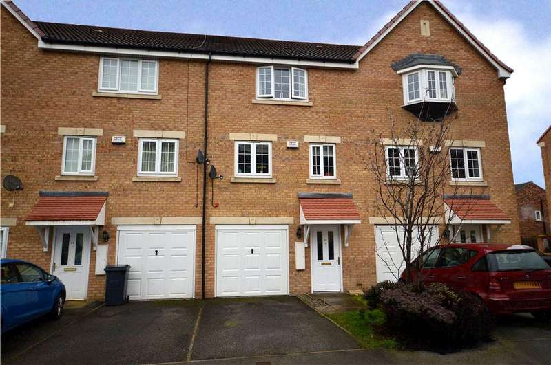 3 Bedrooms House for sale in Dunlop Avenue, Leeds