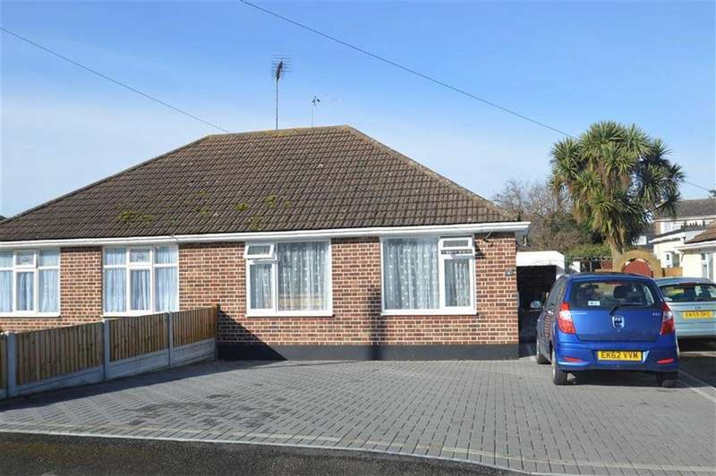 3 Bedrooms Semi Detached Bungalow for sale in Brook Close, Rochford, Essex