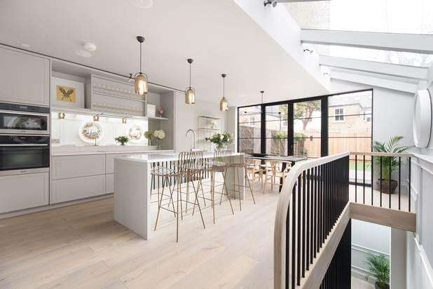 5 Bedrooms House for sale in Wavendon Avenue, London, W4