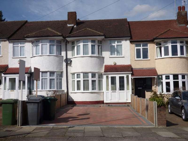 3 Bedrooms Semi Detached House for sale in Burlington Rise, Barnet EN4