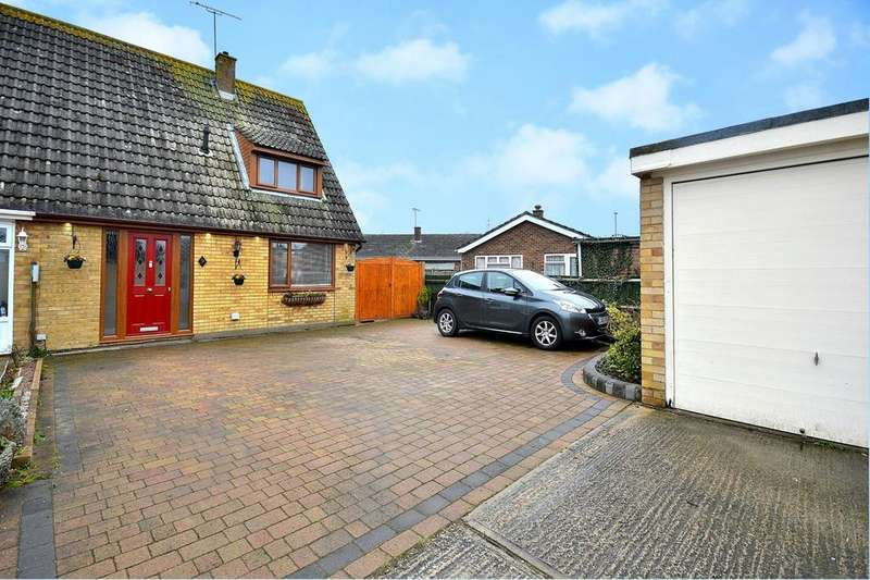 2 Bedrooms Semi Detached House for sale in Beech Close, Burnham-On-Crouch, Essex, CM0