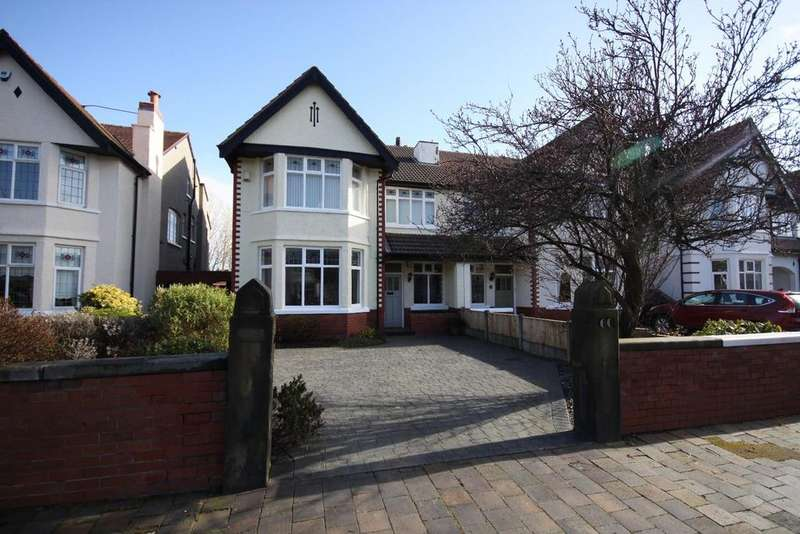2 Bedrooms Flat for sale in Rawlinson Road, Churchtown, Southport, PR9 9NE