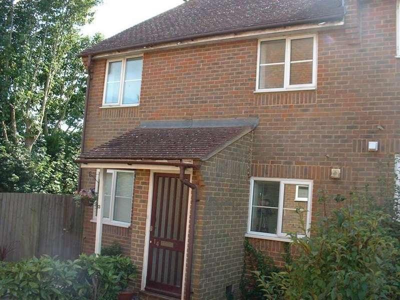 4 Bedrooms Maisonette Flat for rent in Shirlea View, Battle, East Sussex, TN33 0UU