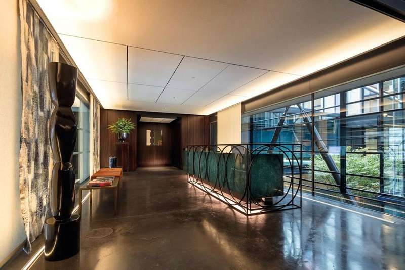 2 Bedrooms Flat for sale in Burlington Gate, 25 Cork Street, London, W1S