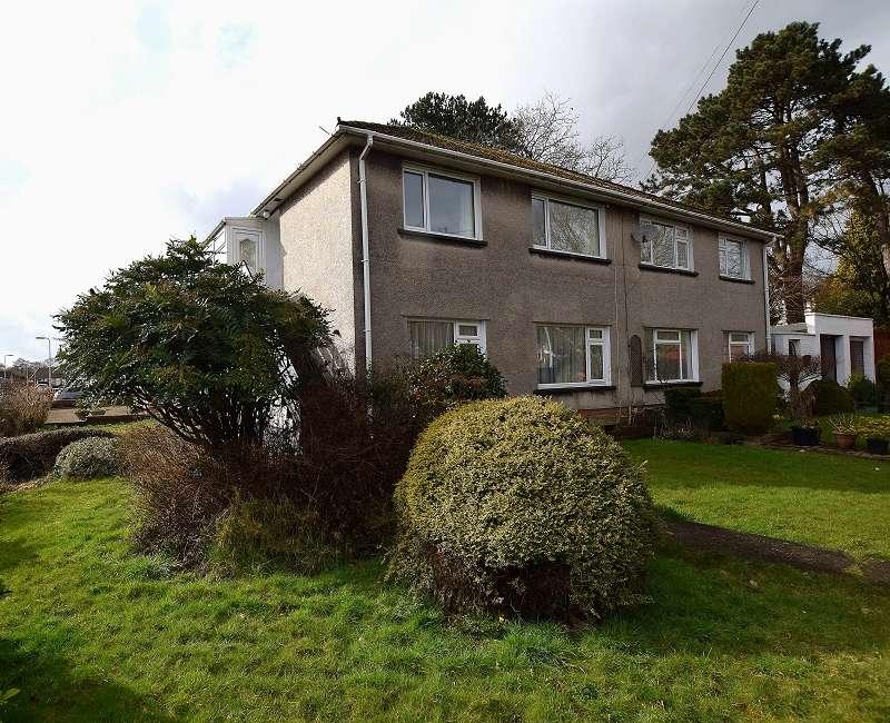 2 Bedrooms Maisonette Flat for sale in Heol Hendre , Rhiwbina, Cardiff. CF14 6PJ