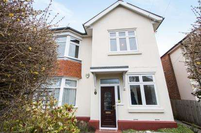 3 Bedrooms Flat for sale in Southbourne, Bournemouth, Dorset