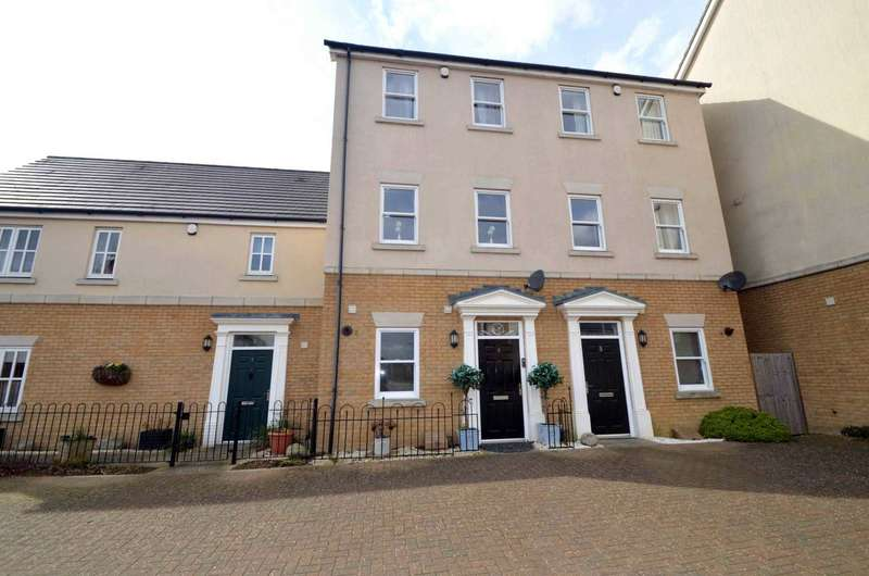 3 Bedrooms Town House for sale in Rowditch Furlong, Redhouse Park