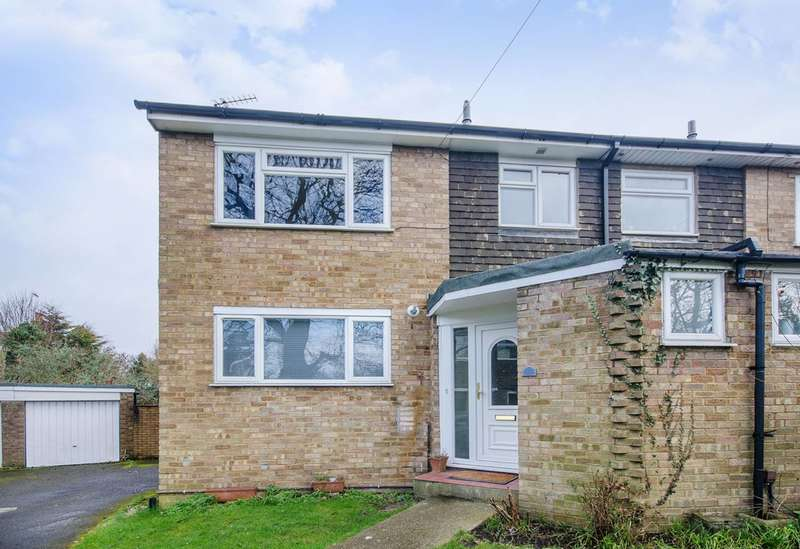 3 Bedrooms House for rent in Foxfield Close, Northwood, HA6