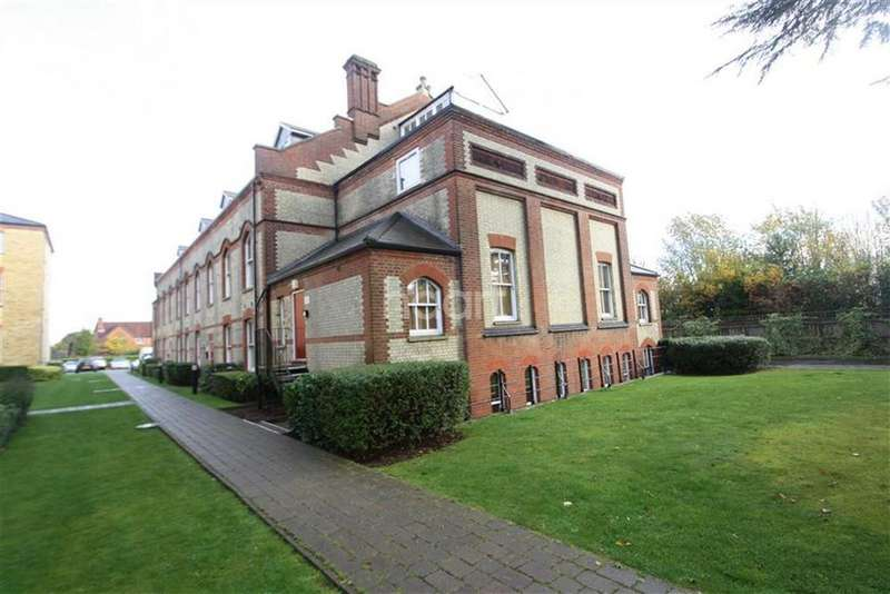2 Bedrooms Flat for rent in ABBOTS LANGLEY