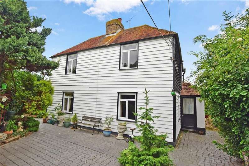 3 Bedrooms Detached House for sale in Herne Bay Road, Whitstable, Kent