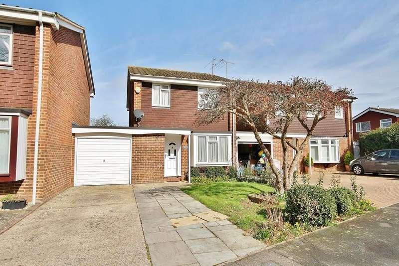 3 Bedrooms Link Detached House for sale in Goldsworth Park, Woking