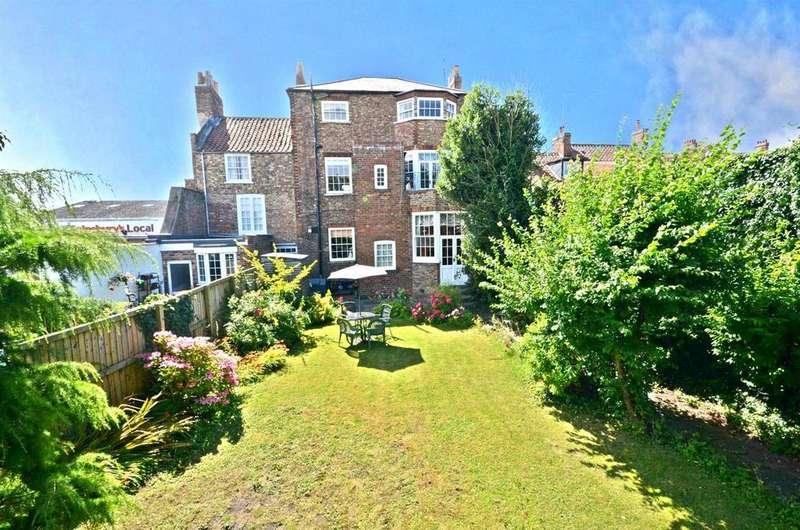 4 Bedrooms Town House for sale in 28 Newbiggin, Malton, YO17 7JF
