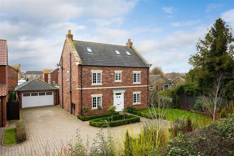 5 Bedrooms Detached House for sale in 8 Farm View, Norton, Malton, YO17 9BF