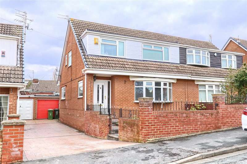 4 Bedrooms Semi Detached House for sale in Meadow Drive, Ormesby