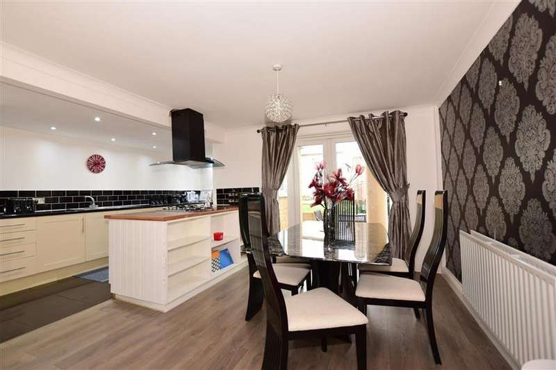 3 Bedrooms Terraced House for sale in Frittenden Road, Wainscott, Rochester, Kent