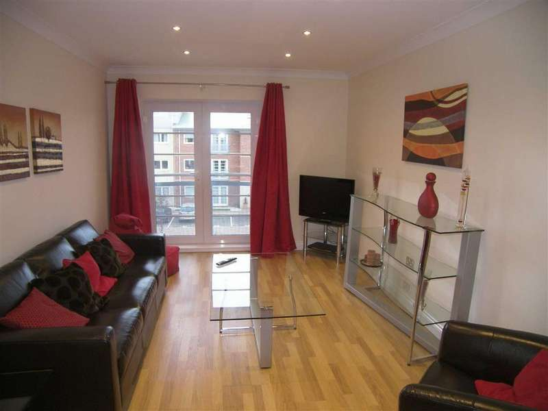2 Bedrooms Apartment Flat for sale in Hollinshead House, Lytham St Annes, Lancashire