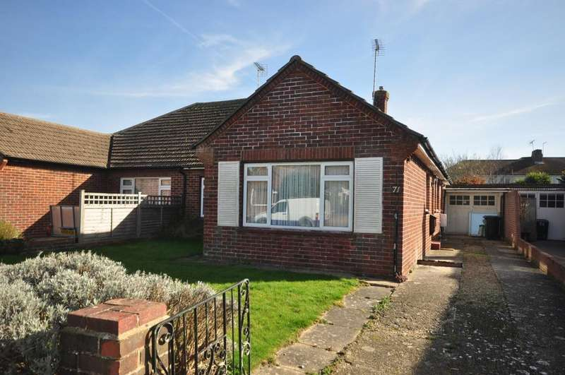 3 Bedrooms Semi Detached Bungalow for rent in Hillview Crescent East Preston BN16