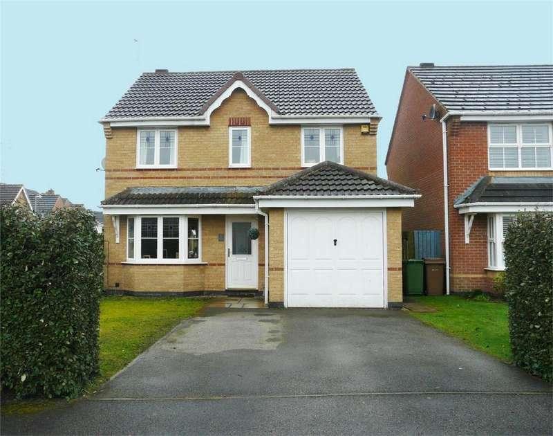 3 Bedrooms Detached House for sale in Mcgrath Close, Pocklington, York