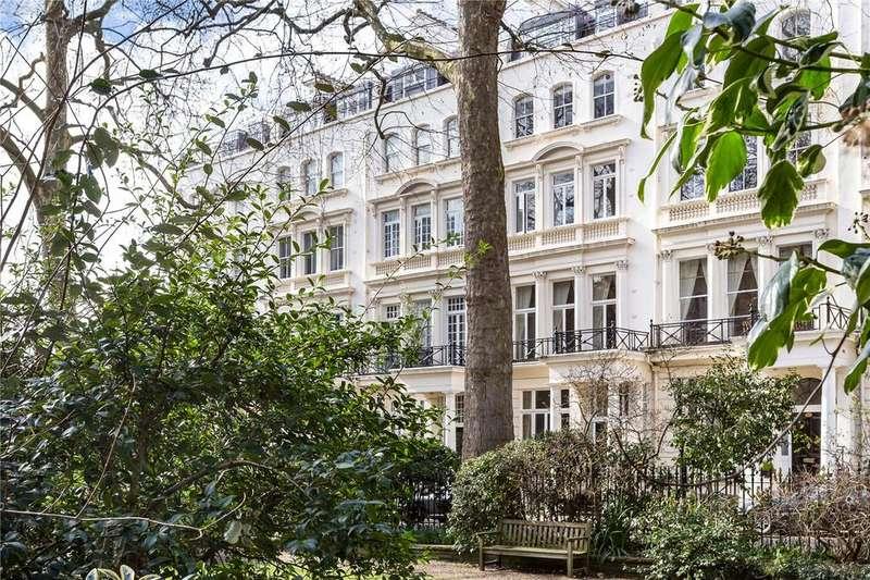 3 Bedrooms Flat for sale in Rutland Gate, London, SW7