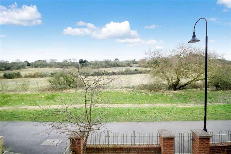5 Bedrooms Detached House for sale in Yardlee Walk, East Wichel, Swindon
