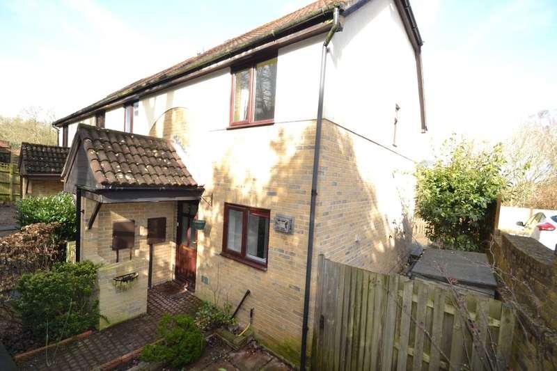 2 Bedrooms Property for sale in Alexandra Glen, Walderslade, Chatham, ME5