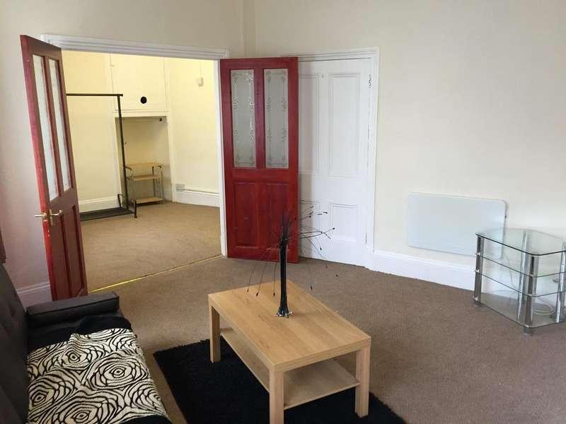 1 Bedroom Studio Flat for rent in Clarence Street, PONTYPOOL