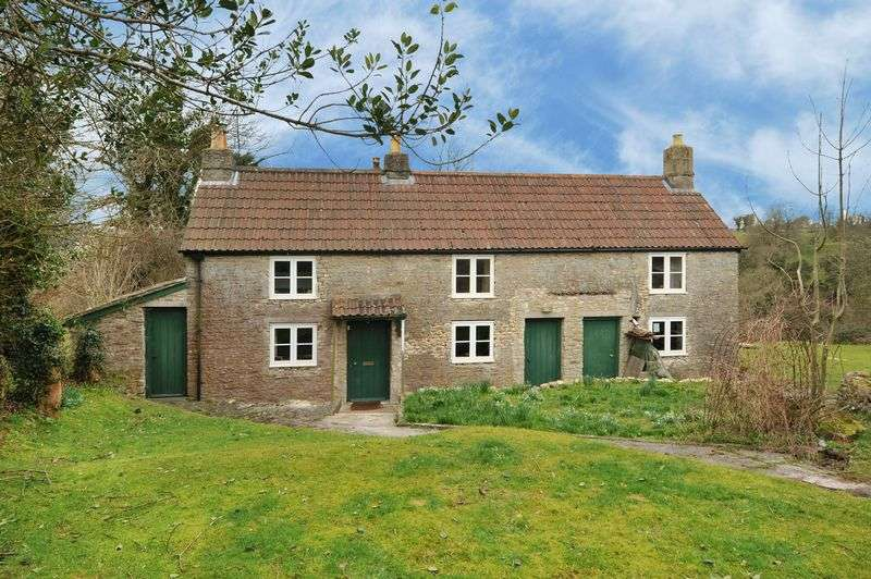 4 Bedrooms Property for sale in Cold Ashton, Chippenham