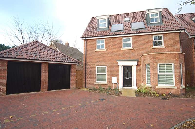5 Bedrooms Detached House for rent in Garden View, Beck Row, BURY ST EDMUNDS