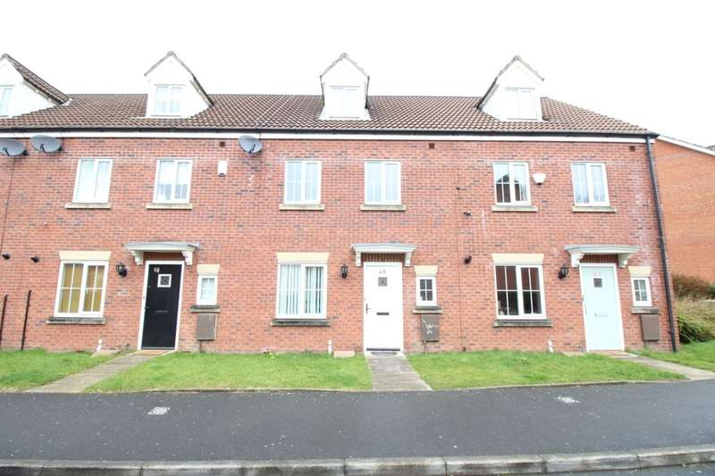 4 Bedrooms Property for rent in Marland Way, Stretford, Manchester, M32
