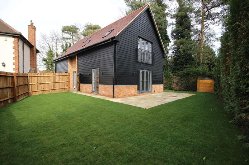 4 Bedrooms Detached House for sale in Clophill Road, Maulden, Bedfordshire, MK45