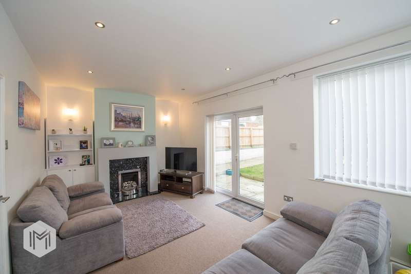 3 Bedrooms Semi Detached House for sale in Bollin Close, Kearsley, Bolton, BL4