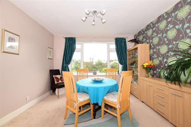 3 Bedrooms Semi Detached House for sale in Tonbridge Road, , Maidstone, Kent