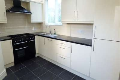 3 Bedrooms House for rent in Mentmore Road, L18 4PU