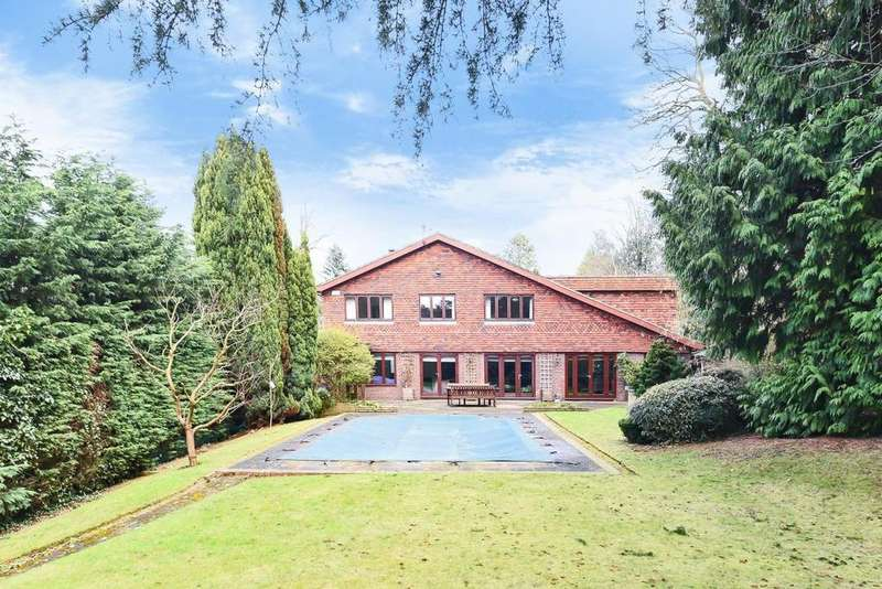 6 Bedrooms Detached House for sale in Riverwood Lane, Chislehurst