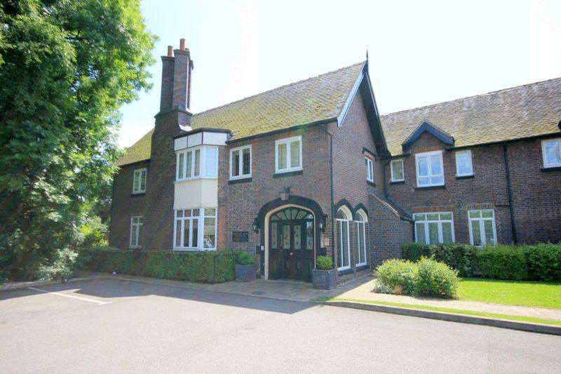 1 Bedroom Apartment Flat for sale in Kings Oak Court, Stoke-On-Trent