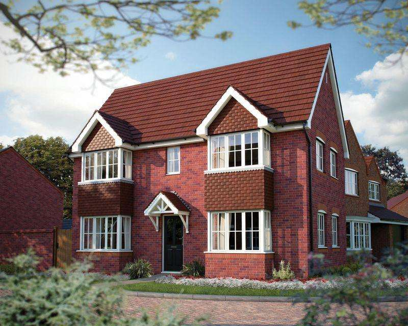 3 Bedrooms Detached House for sale in Cholmondeley Road, Nantwich