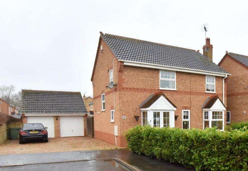 4 Bedrooms Detached House for sale in Deene Close, Market Deeping, Peterborough