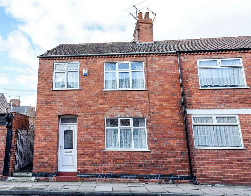 3 Bedrooms Semi Detached House for sale in Brunswick Street, South Bank, York