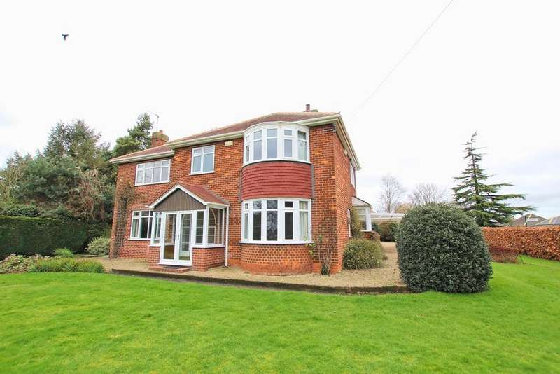 4 Bedrooms Detached House for sale in Rise Road, Skirlaugh, HU11