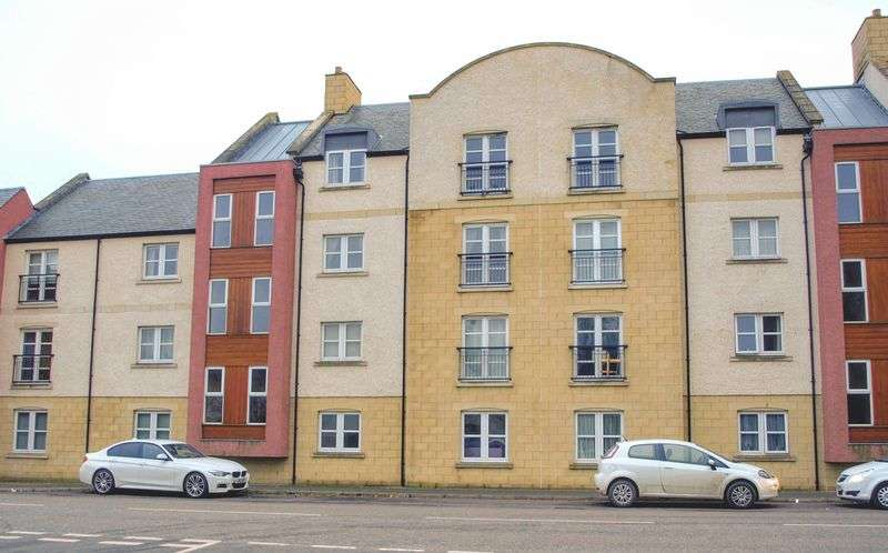 2 Bedrooms Property for sale in  Henderson's Court , Kelso