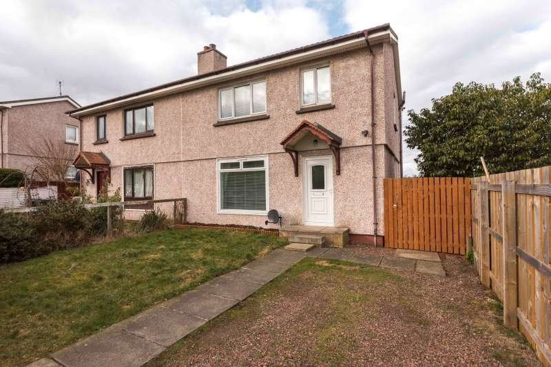 3 Bedrooms Semi-detached Villa House for sale in Craigour Grove, Moredun, Edinburgh, EH17 7PF