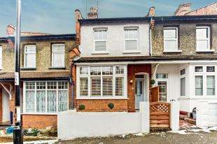 3 Bedrooms Terraced House for sale in Sunnydene Road, Purley, Surrey